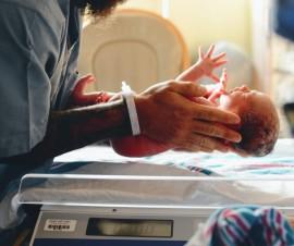 newborn-1024x678